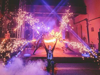 Blackout paradox: ATOMIC HEART | Komedianti v ulicích 2021 | Tábor