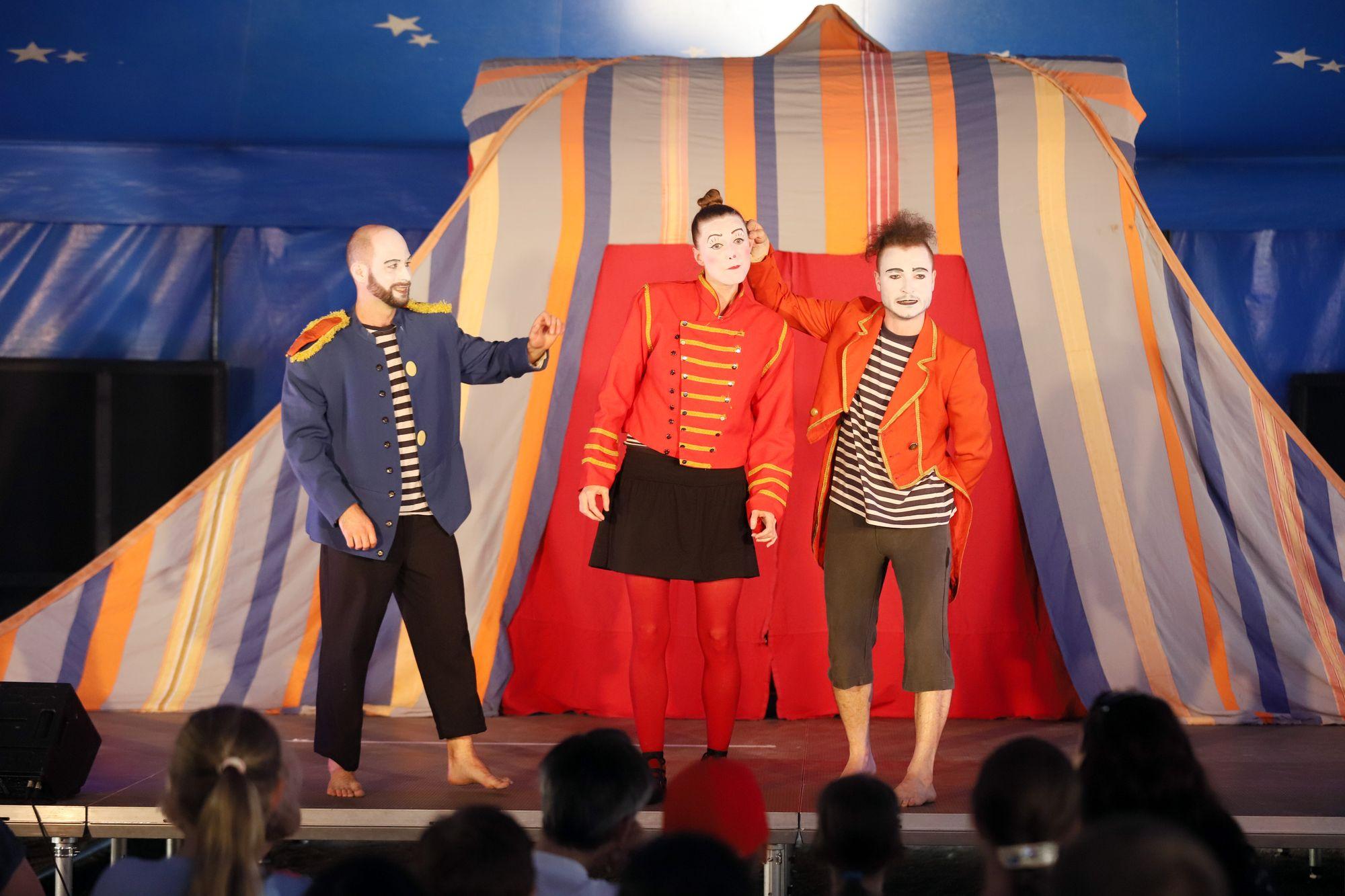 Teatro Piccolino: NEVIDITELNÝ CIRKUS | Komedianti v ulicích 2021 | Tábor